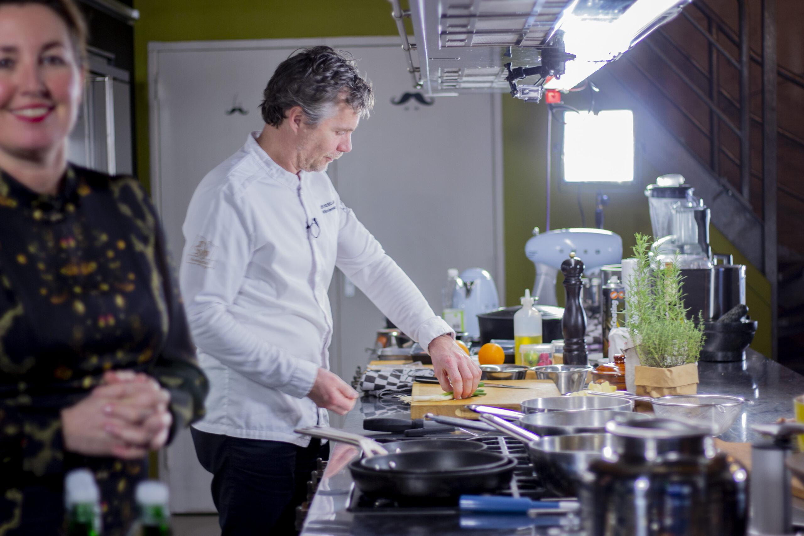 Eat2Gather koken met sterrenchefs. Koken, proeven en quizzen Tasting games